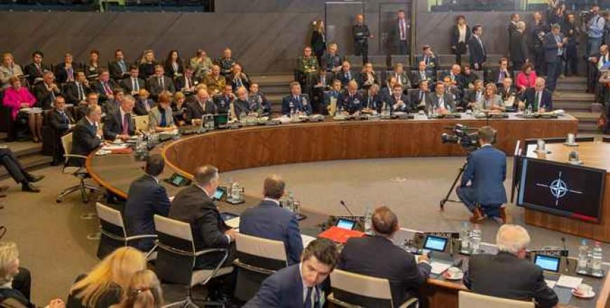 Reuniunea miniștrilor de externe ai statelor membre NATO. Inițiative și decizii