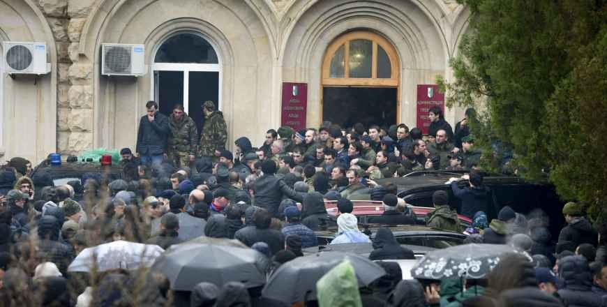 Rusia recunoaște unilateral alegerile din regiunea separatistă georgiană Abhazia
