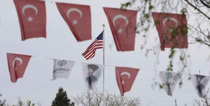 """Turcia l-a convocat pe ambasadorul SUA după recunoașterea """"genocidului"""" armean"""