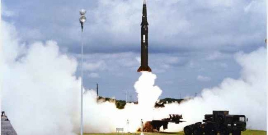 SUA încep la 2 februarie a.c. procedura de suspendare a Tratatului privind Forţele Nucleare Intermediare (INF)