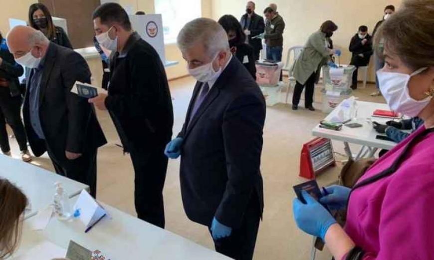 Alegeri nerecunoscute în regiunea separatistă Nagorno-Karabah